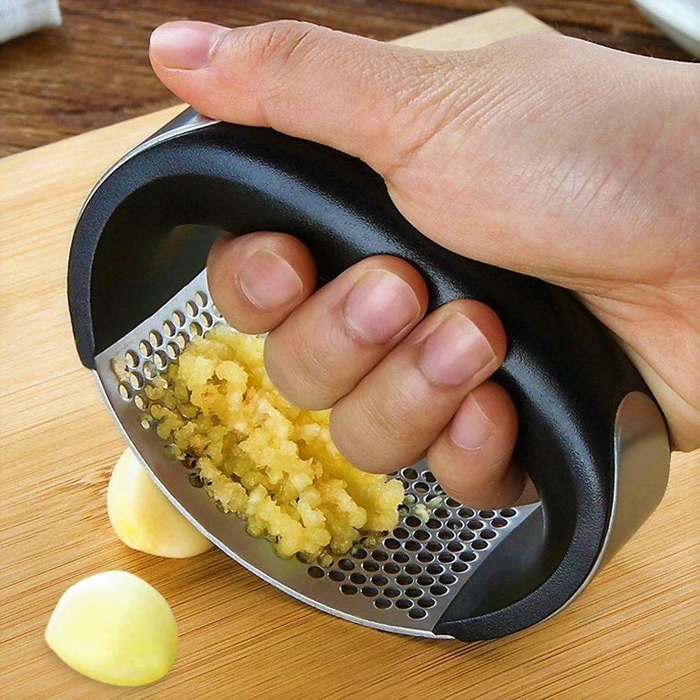 Stainless-Hand-Press-Garlic-Grinder